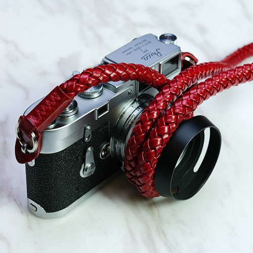Barton1972 Leather Neck Strap Whip - Passion Red